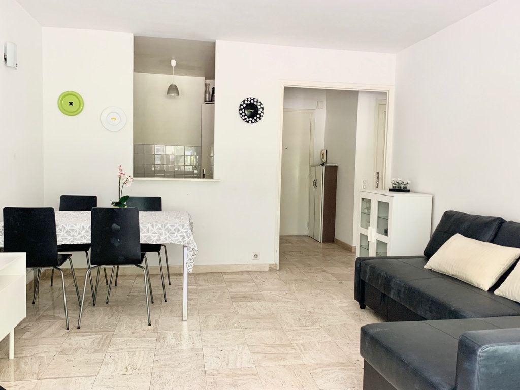 Appartement à vendre 2 43m2 à Cannes vignette-2