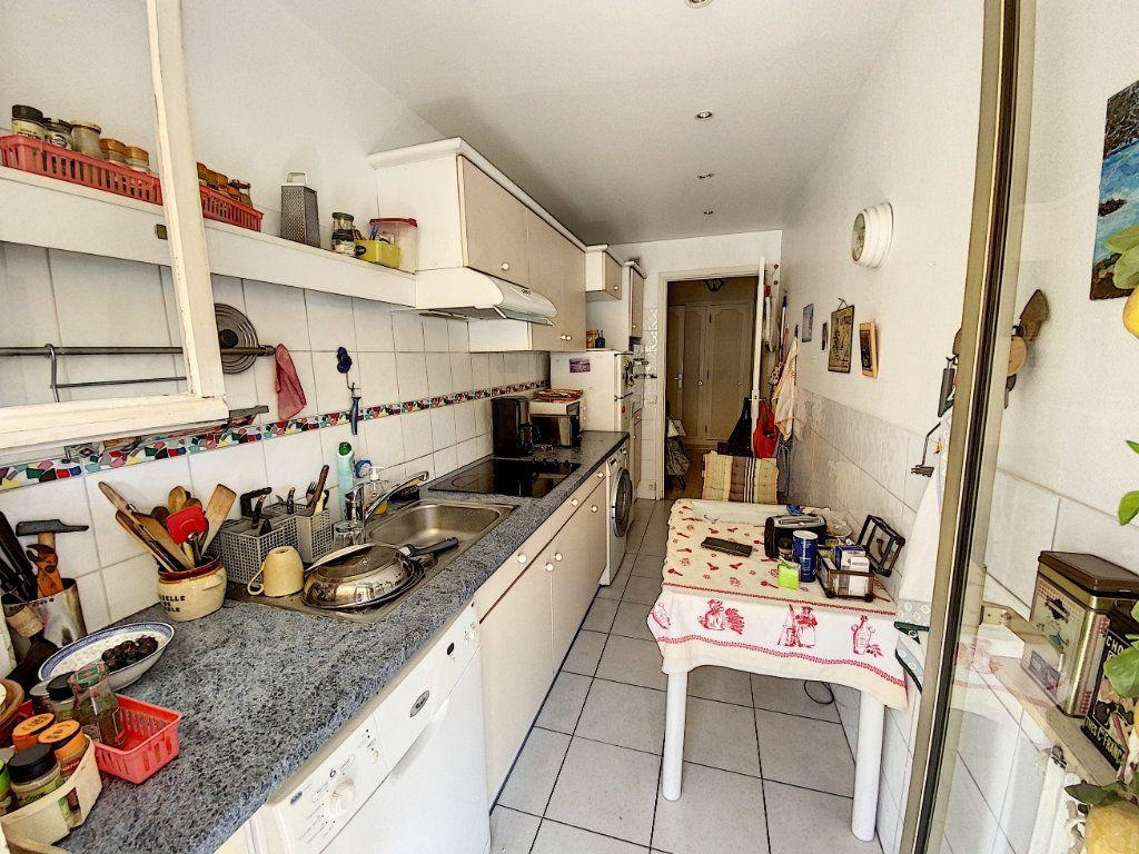 Appartement à vendre 2 54.22m2 à Cannes vignette-3