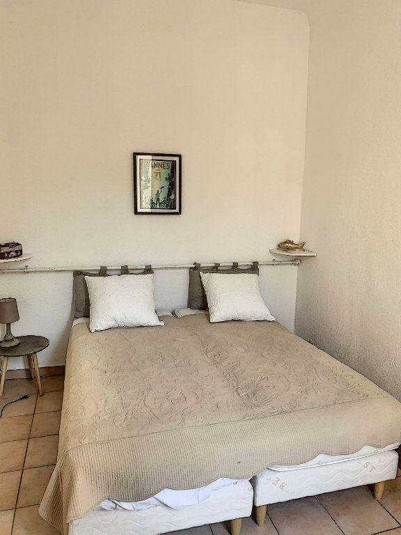 Appartement à vendre 2 28m2 à Cannes vignette-3