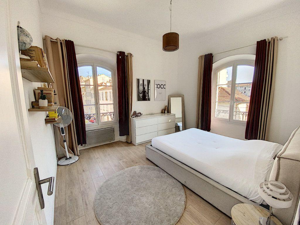 Appartement à vendre 4 91.4m2 à Cannes vignette-3