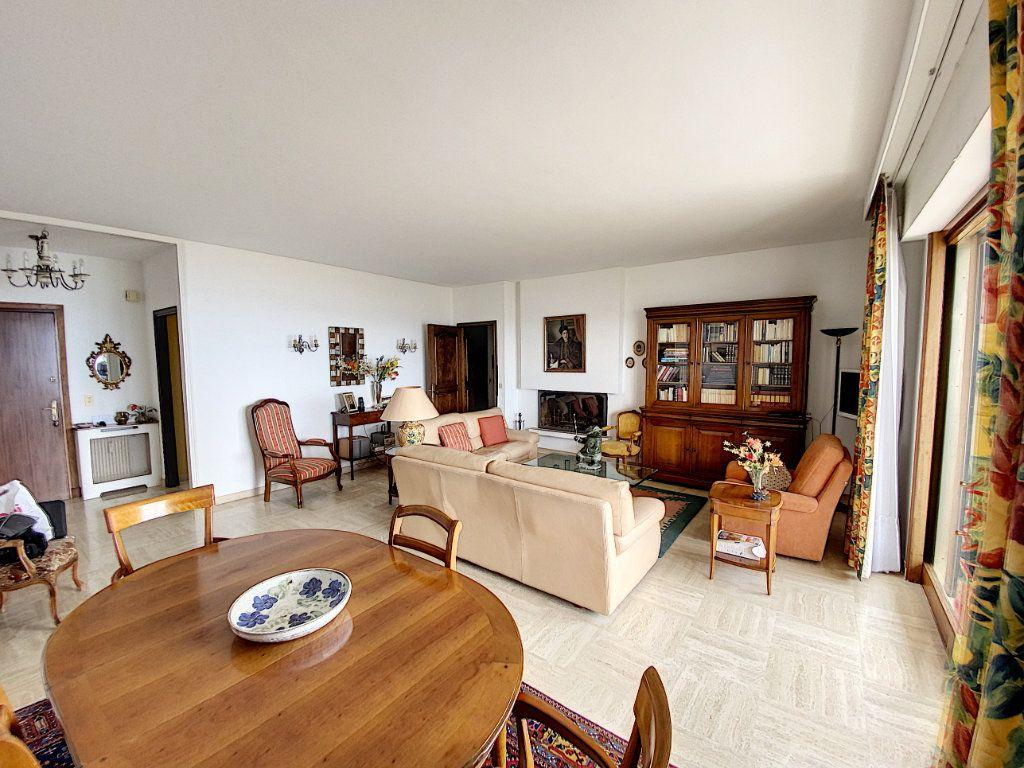 Appartement à vendre 3 91.4m2 à Cannes vignette-4