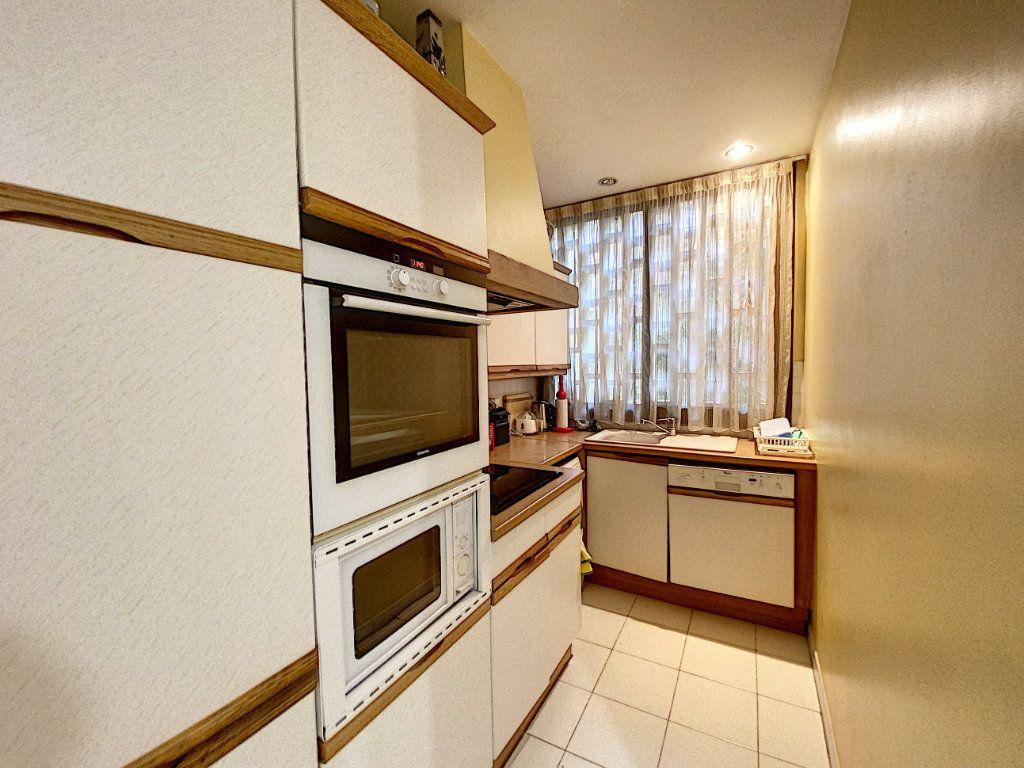 Appartement à vendre 3 91.4m2 à Cannes vignette-5