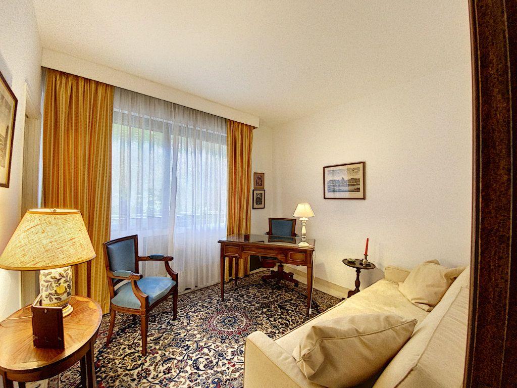 Appartement à vendre 3 91.4m2 à Cannes vignette-7