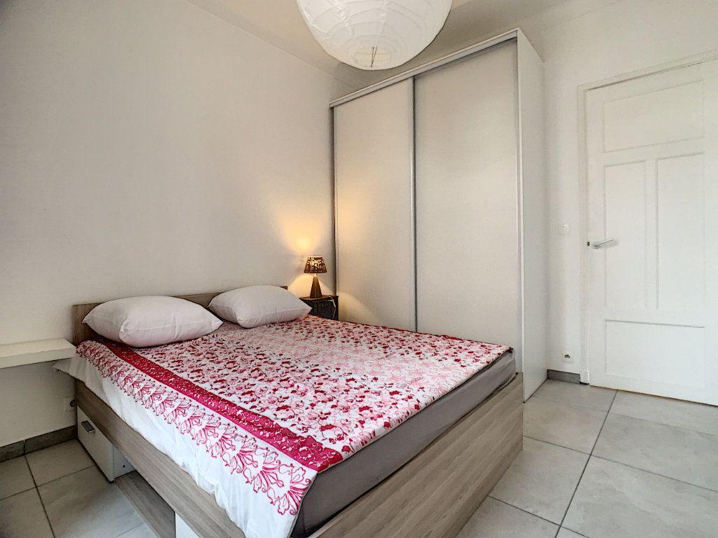 Appartement à vendre 2 34.1m2 à Cannes vignette-5