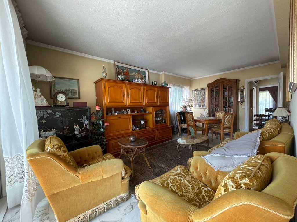 Appartement à vendre 4 92.2m2 à Cannes vignette-3
