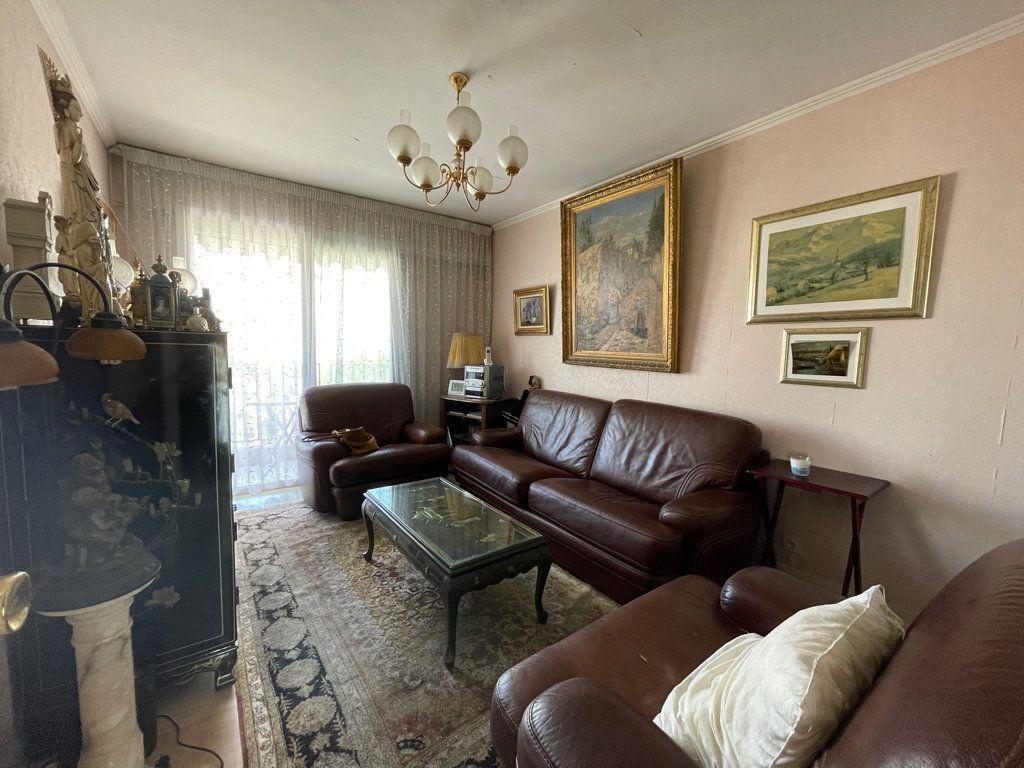 Appartement à vendre 4 92.2m2 à Cannes vignette-8