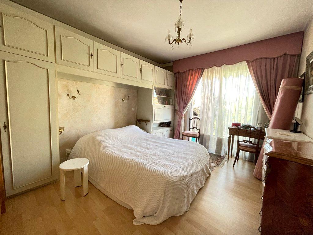 Appartement à vendre 4 92.2m2 à Cannes vignette-9