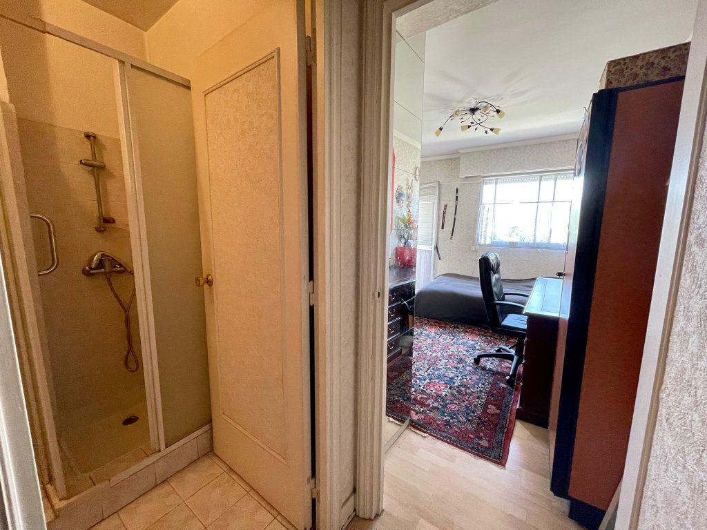 Appartement à vendre 4 92.2m2 à Cannes vignette-11