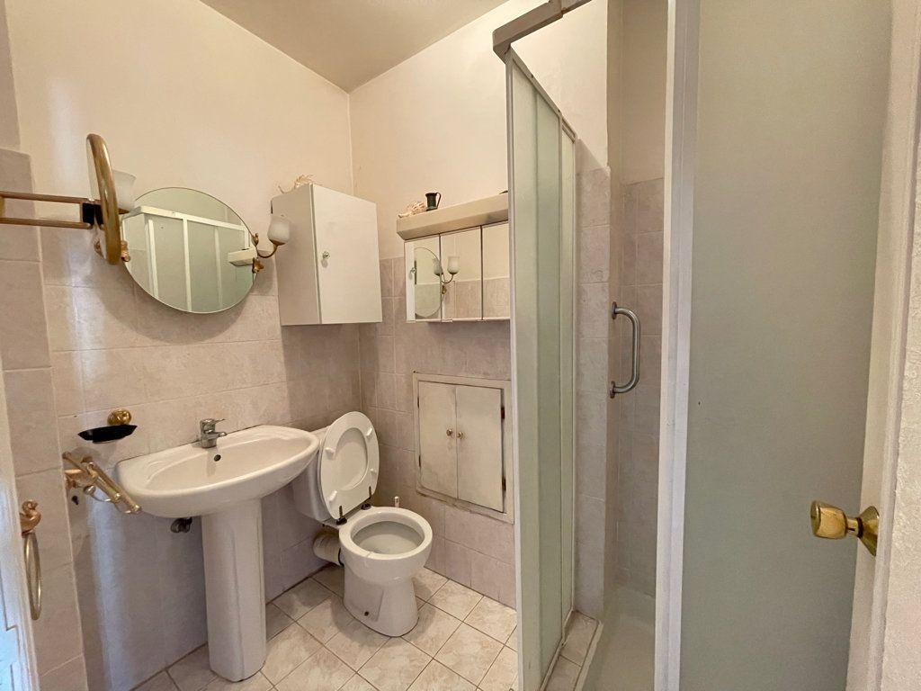 Appartement à vendre 4 92.2m2 à Cannes vignette-12