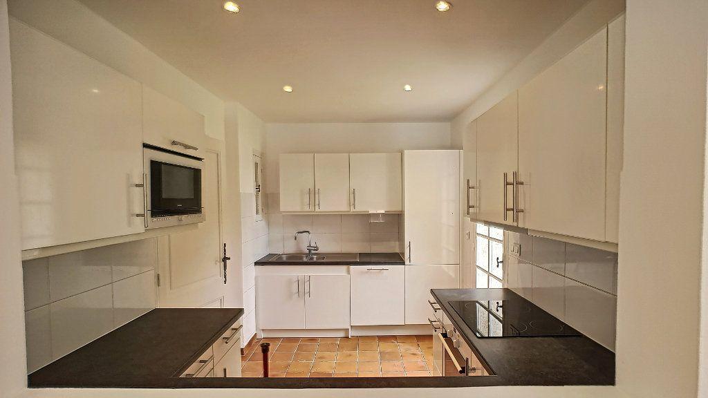 Maison à vendre 5 163.67m2 à Mougins vignette-6