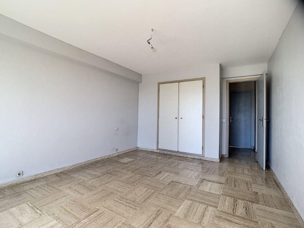 Appartement à vendre 3 76.81m2 à Cannes vignette-5