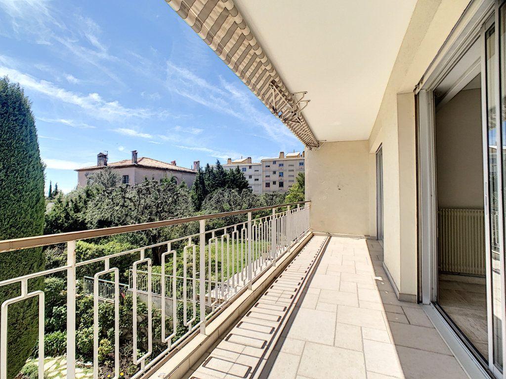 Appartement à vendre 3 76.81m2 à Cannes vignette-6