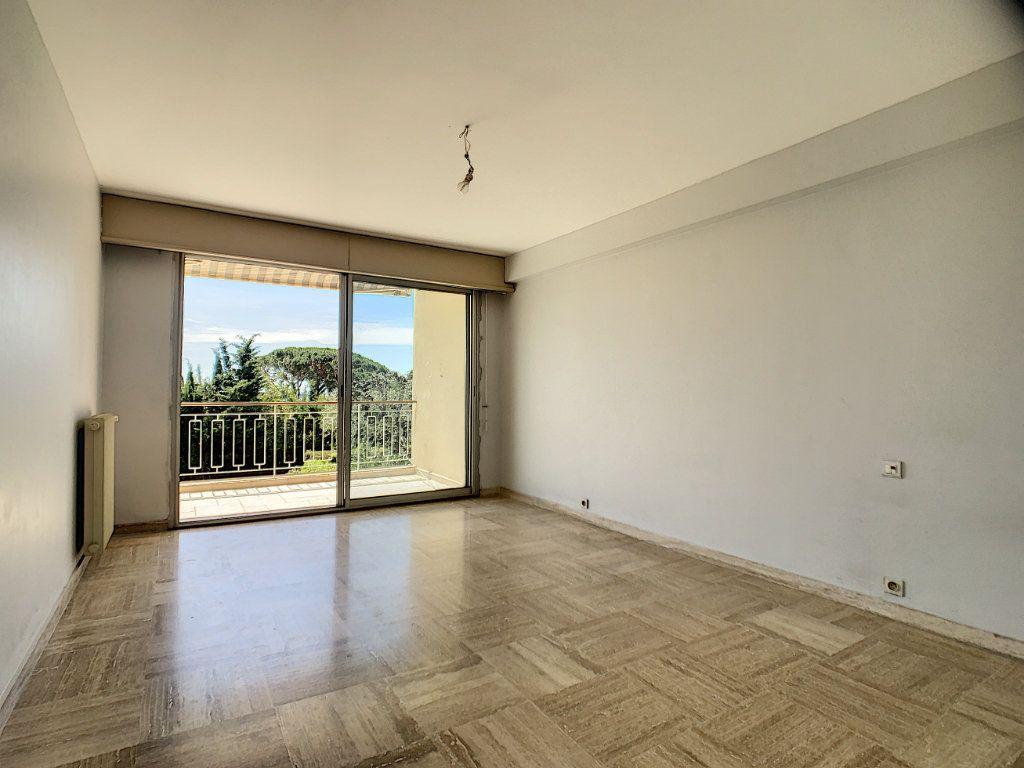 Appartement à vendre 3 76.81m2 à Cannes vignette-13