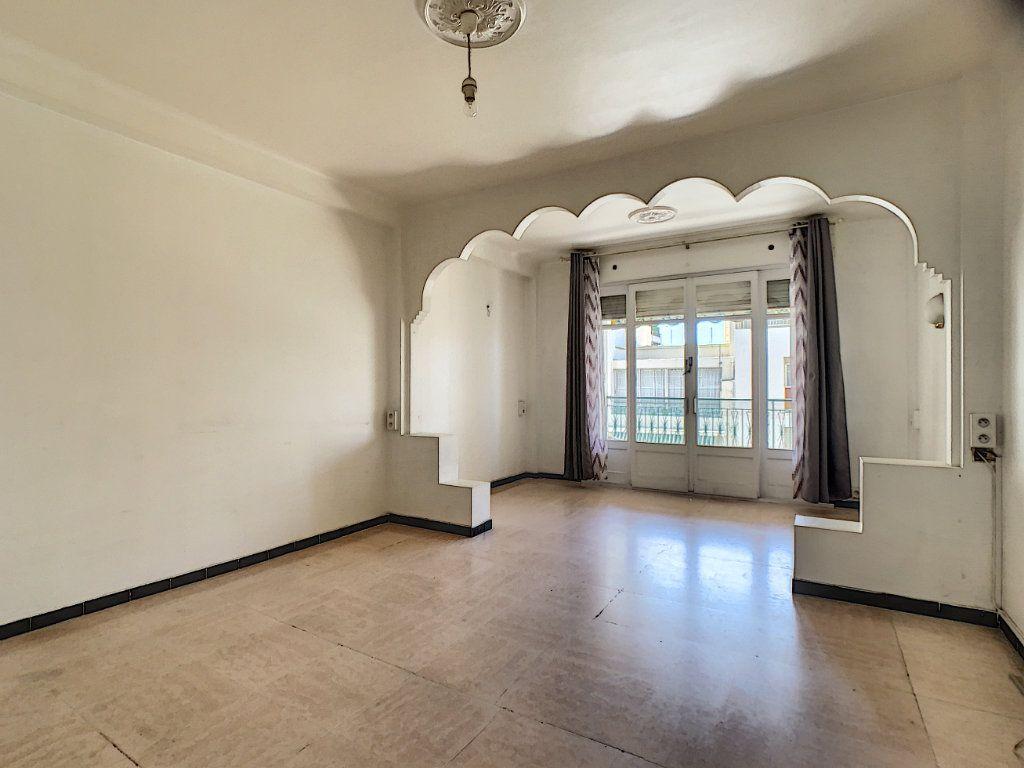 Appartement à louer 2 51.3m2 à Cannes vignette-2
