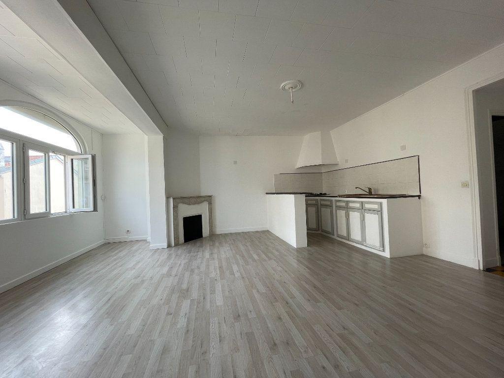 Appartement à vendre 2 46m2 à Cannes vignette-5