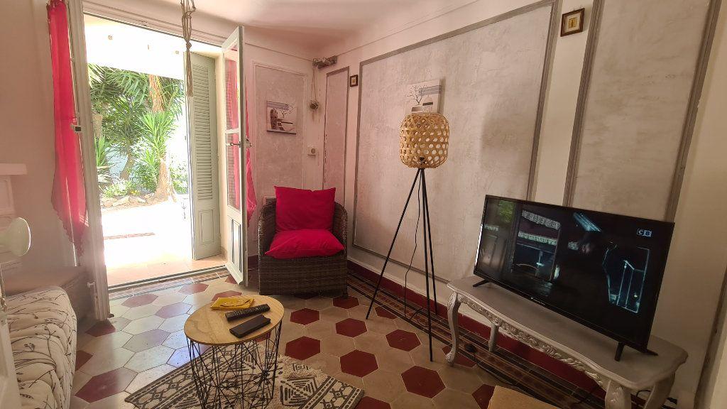Appartement à louer 3 56.62m2 à Cannes vignette-2