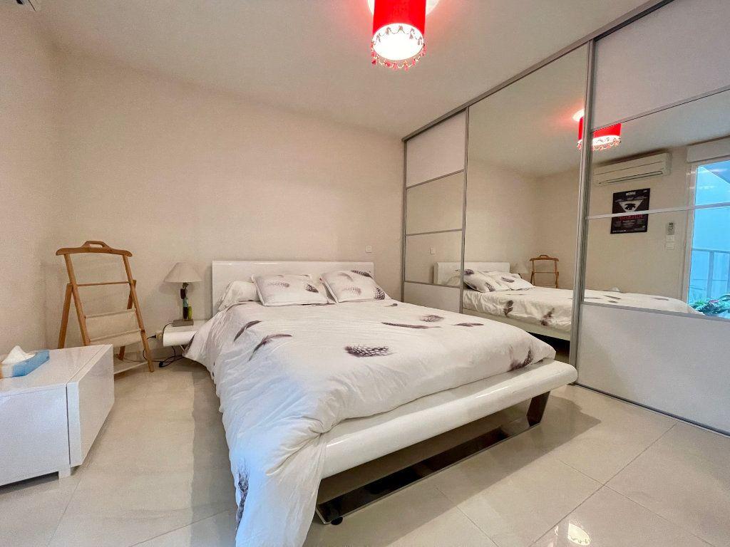 Appartement à vendre 2 46m2 à Cannes vignette-7