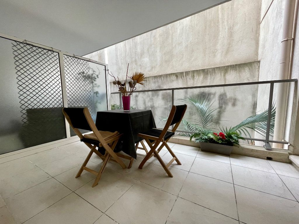 Appartement à vendre 2 46m2 à Cannes vignette-10