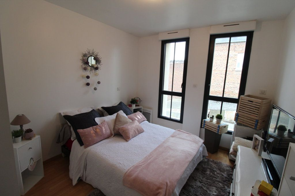Appartement à louer 2 57m2 à Chauny vignette-5