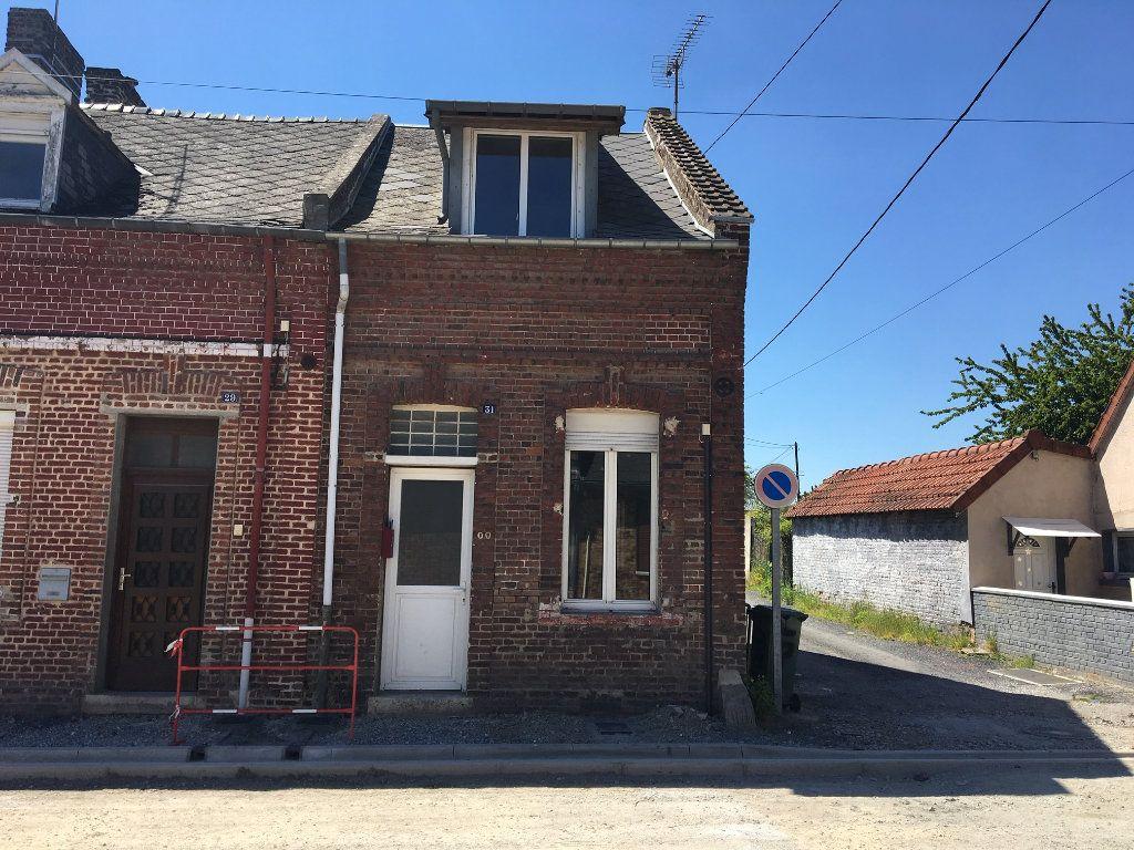 Maison à louer 3 65m2 à Chauny vignette-1