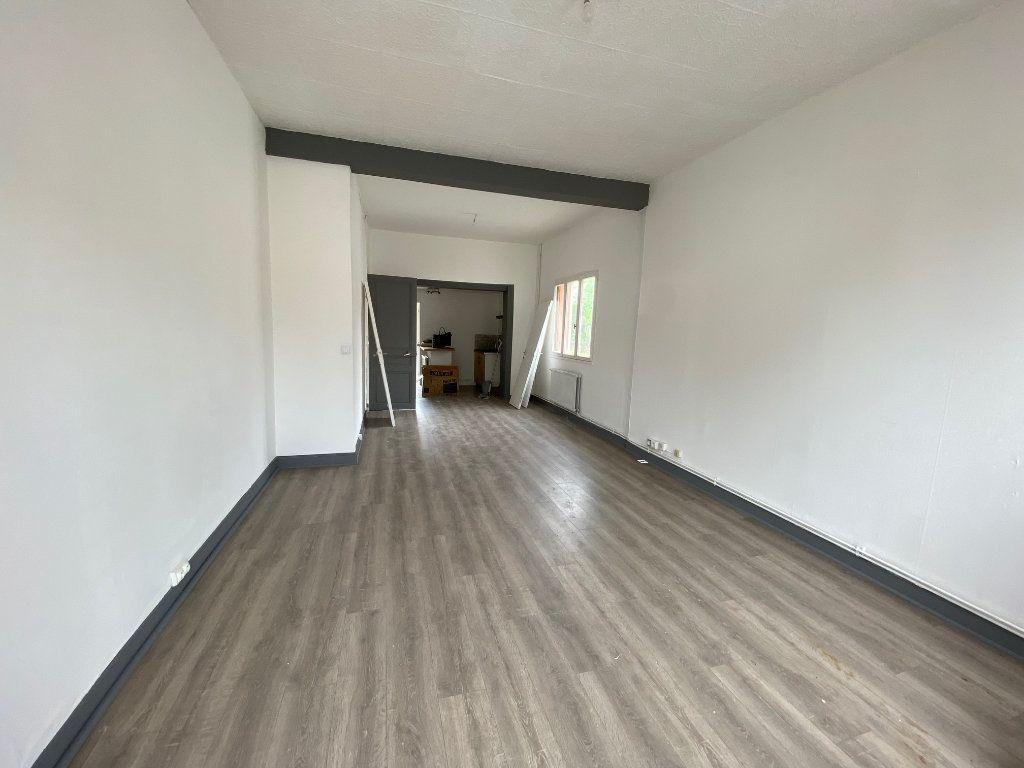 Maison à louer 3 65m2 à Chauny vignette-2