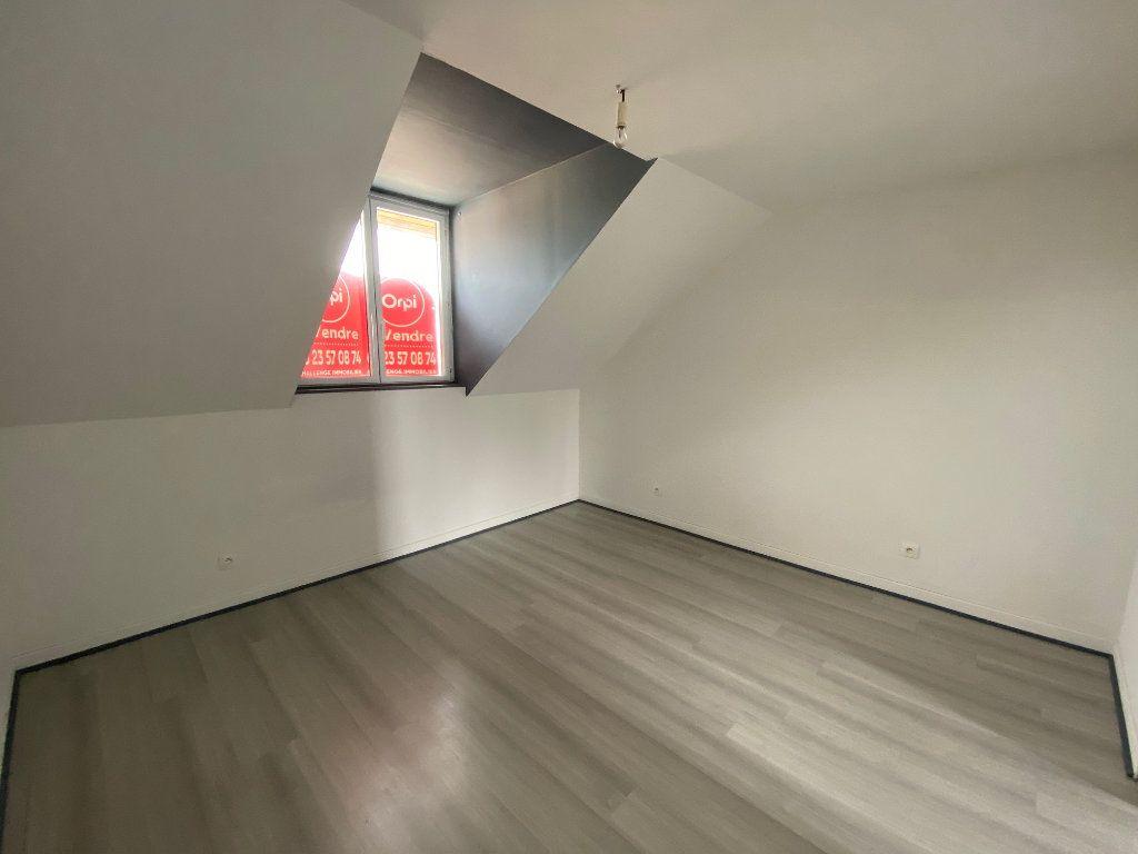 Maison à louer 3 65m2 à Chauny vignette-4