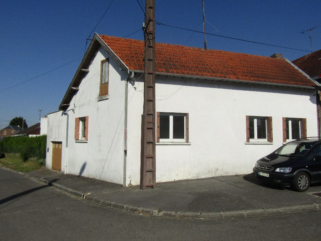 Maison à vendre 3 66.3m2 à Flavy-le-Martel vignette-1