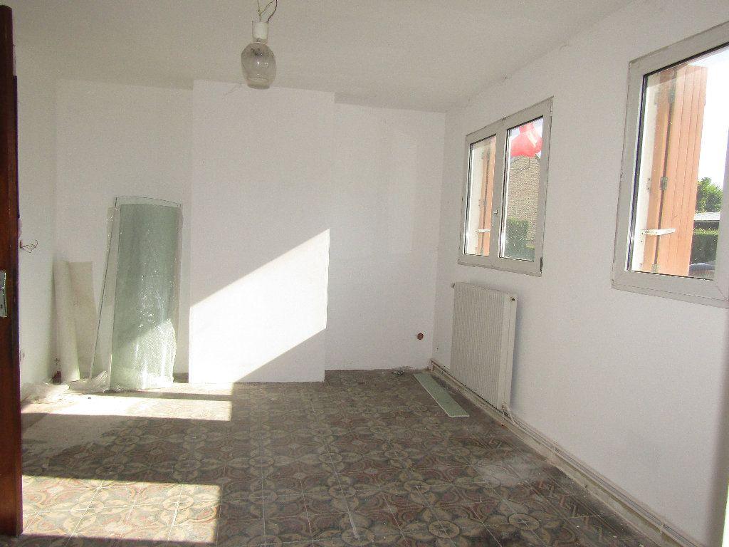Maison à vendre 3 66.3m2 à Flavy-le-Martel vignette-7