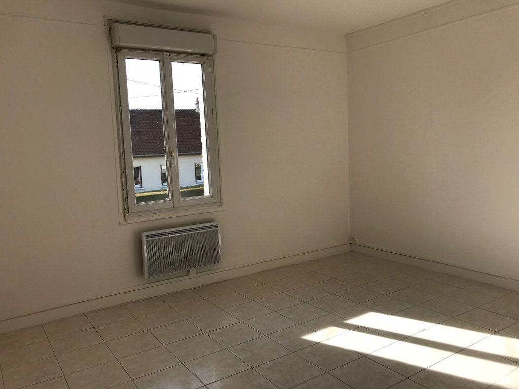Maison à vendre 5 73m2 à Chauny vignette-5