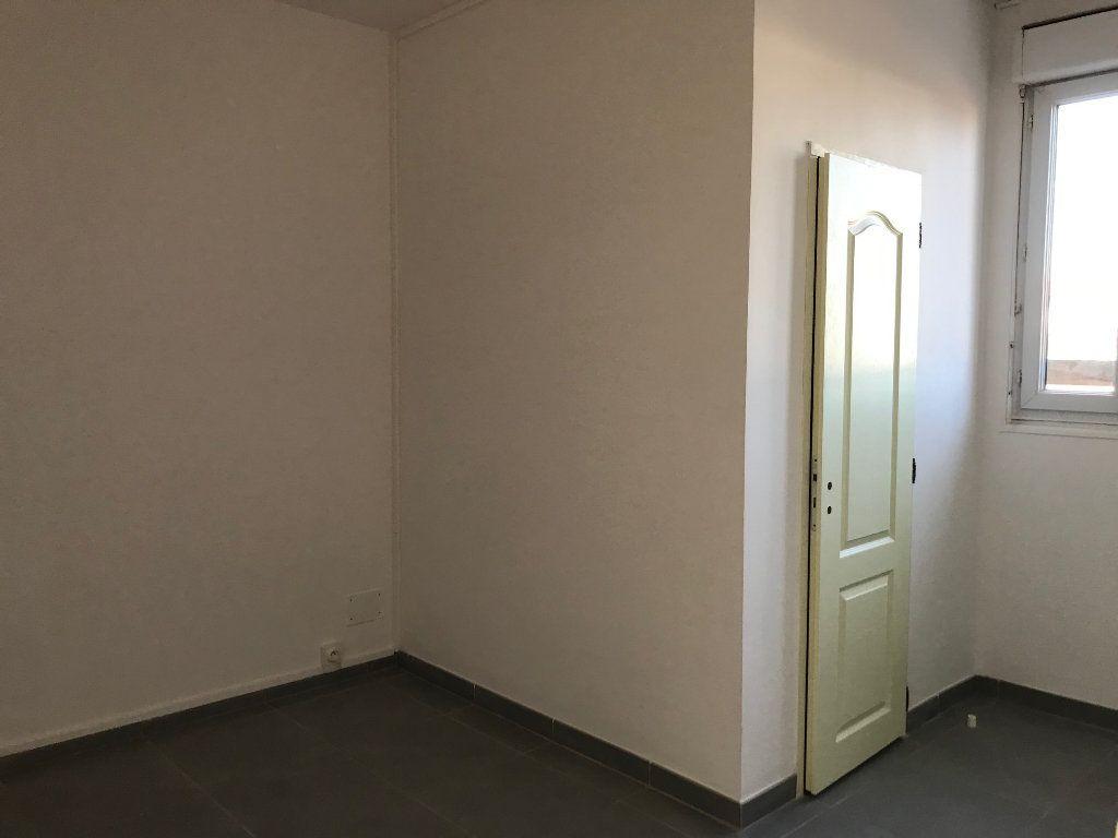 Maison à vendre 5 73m2 à Chauny vignette-6