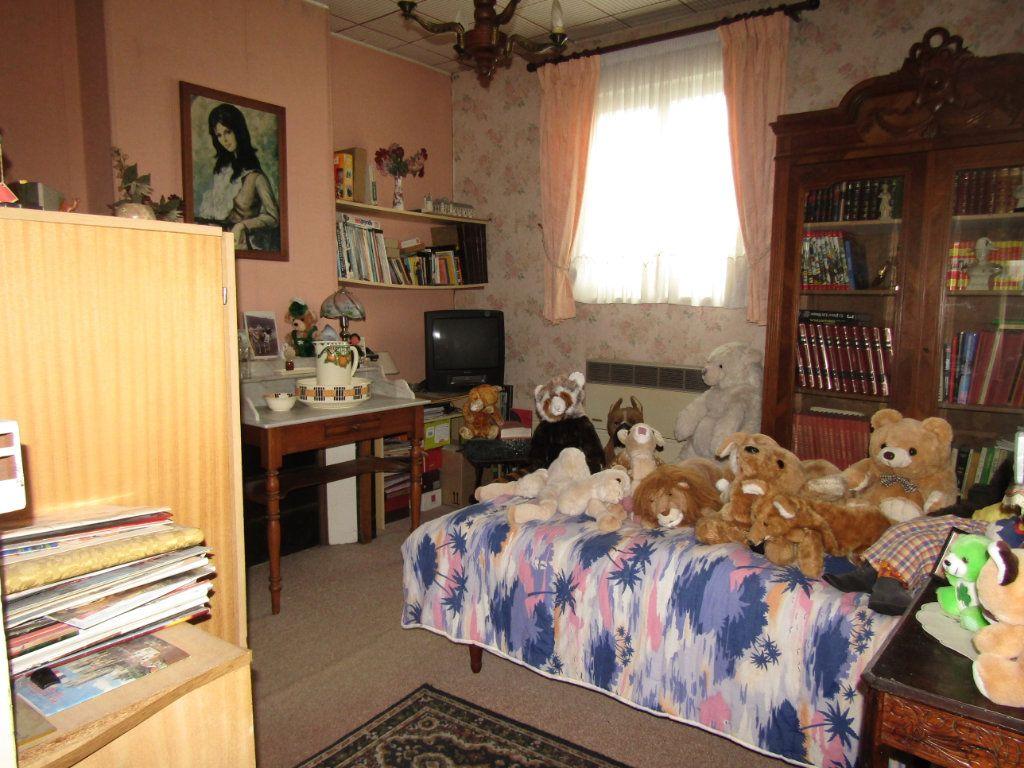 Maison à vendre 5 123m2 à Tergnier vignette-5