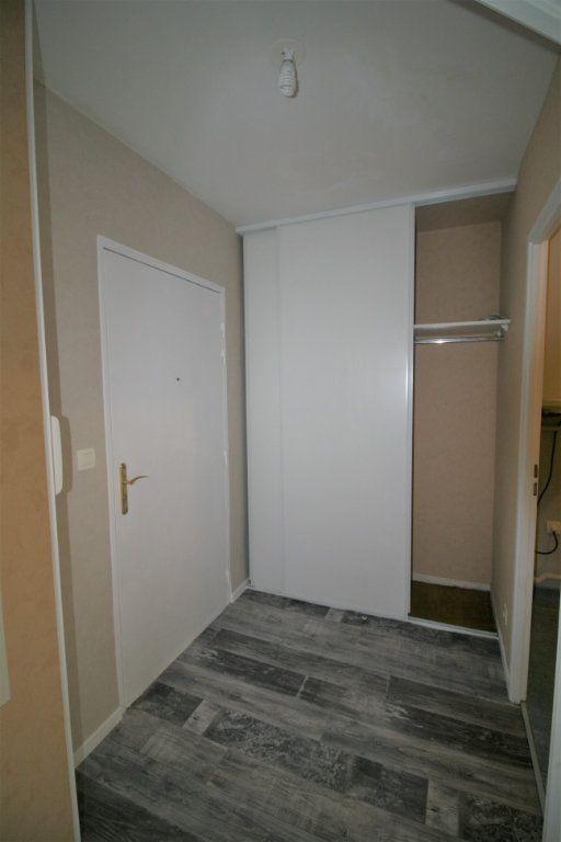 Appartement à vendre 1 40m2 à Chauny vignette-4