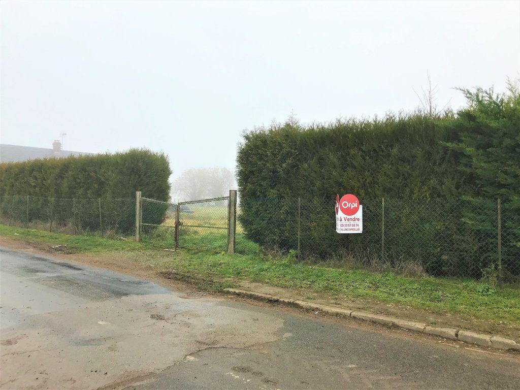 Terrain à vendre 0 800m2 à Marest-Dampcourt vignette-1