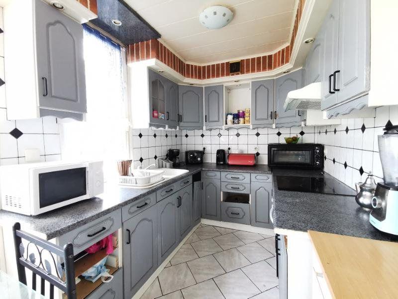 Appartement à vendre 4 77m2 à Chauny vignette-3