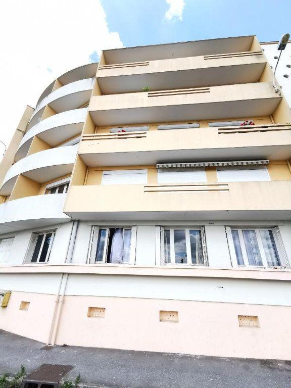 Appartement à vendre 4 77m2 à Chauny vignette-10