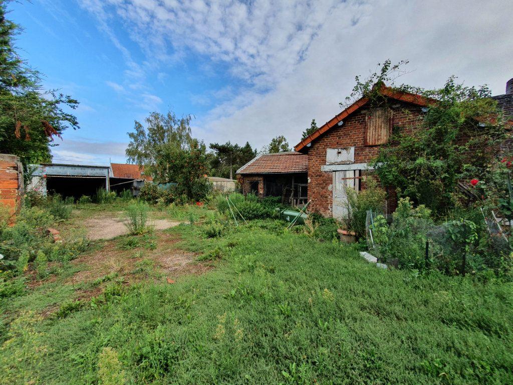 Maison à vendre 11 209m2 à Chauny vignette-2