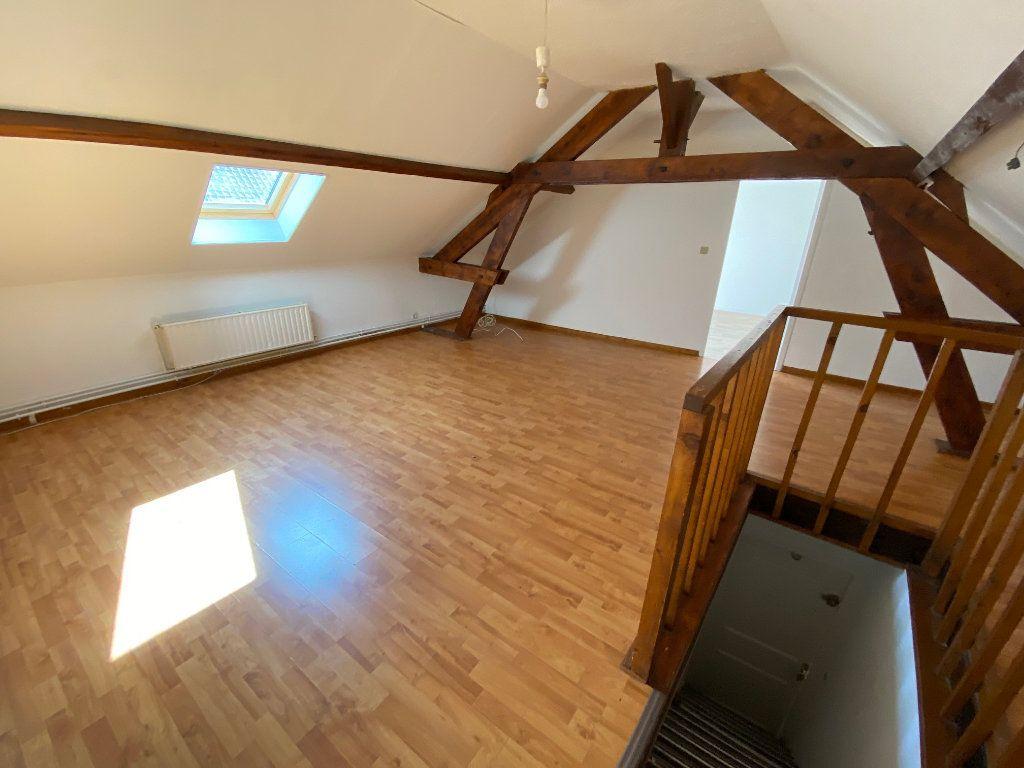 Appartement à louer 3 47m2 à Saint-Gobain vignette-2