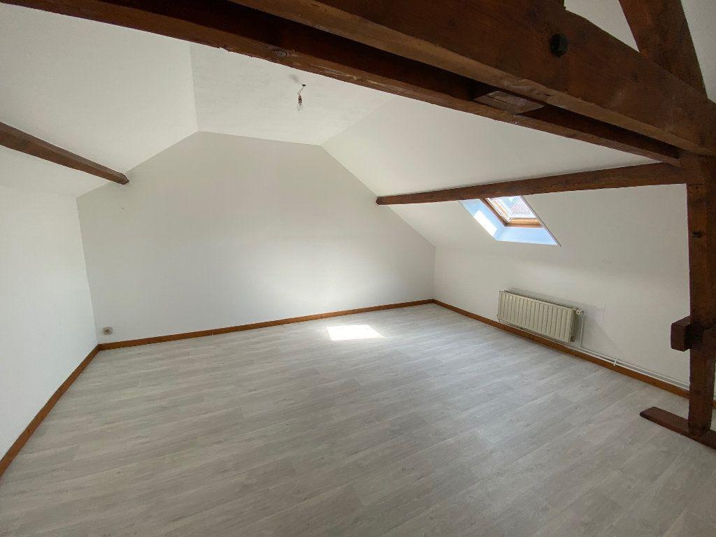 Appartement à louer 3 47m2 à Saint-Gobain vignette-3