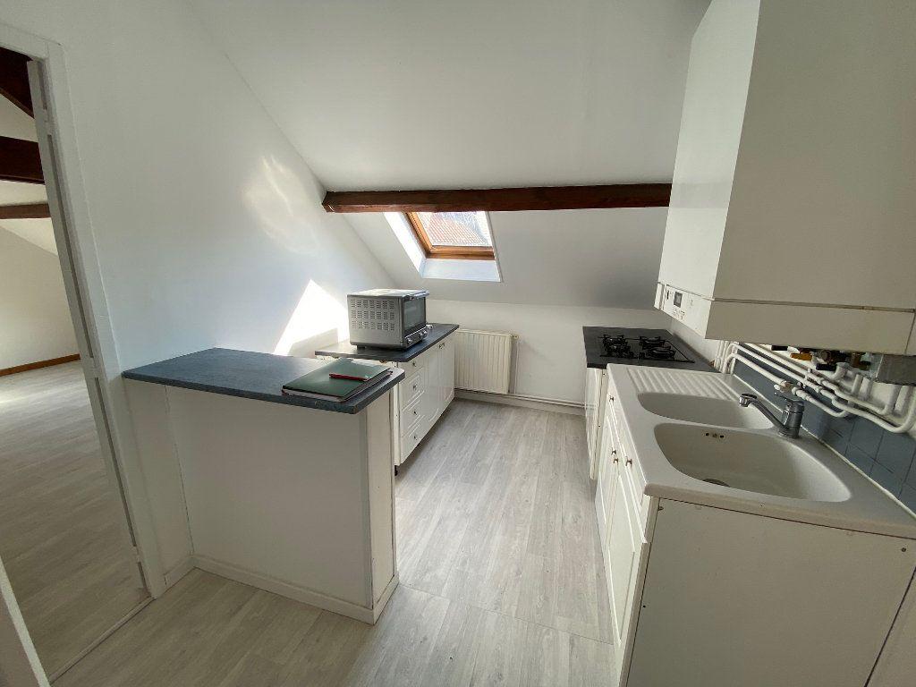 Appartement à louer 3 47m2 à Saint-Gobain vignette-4