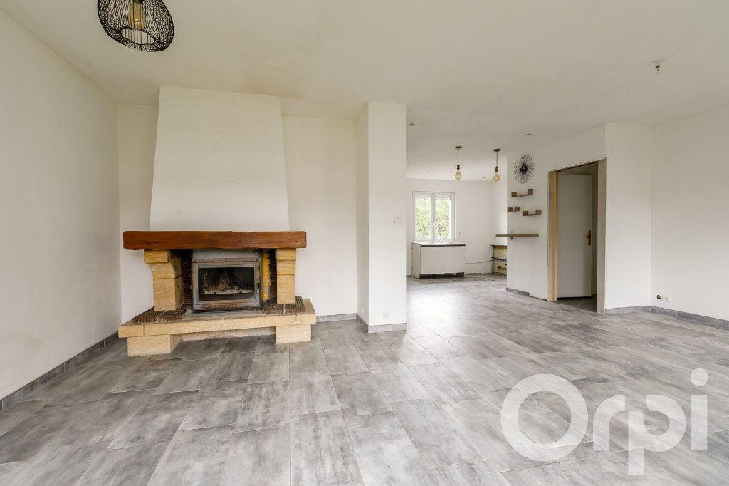 Maison à vendre 4 115m2 à Chauny vignette-4