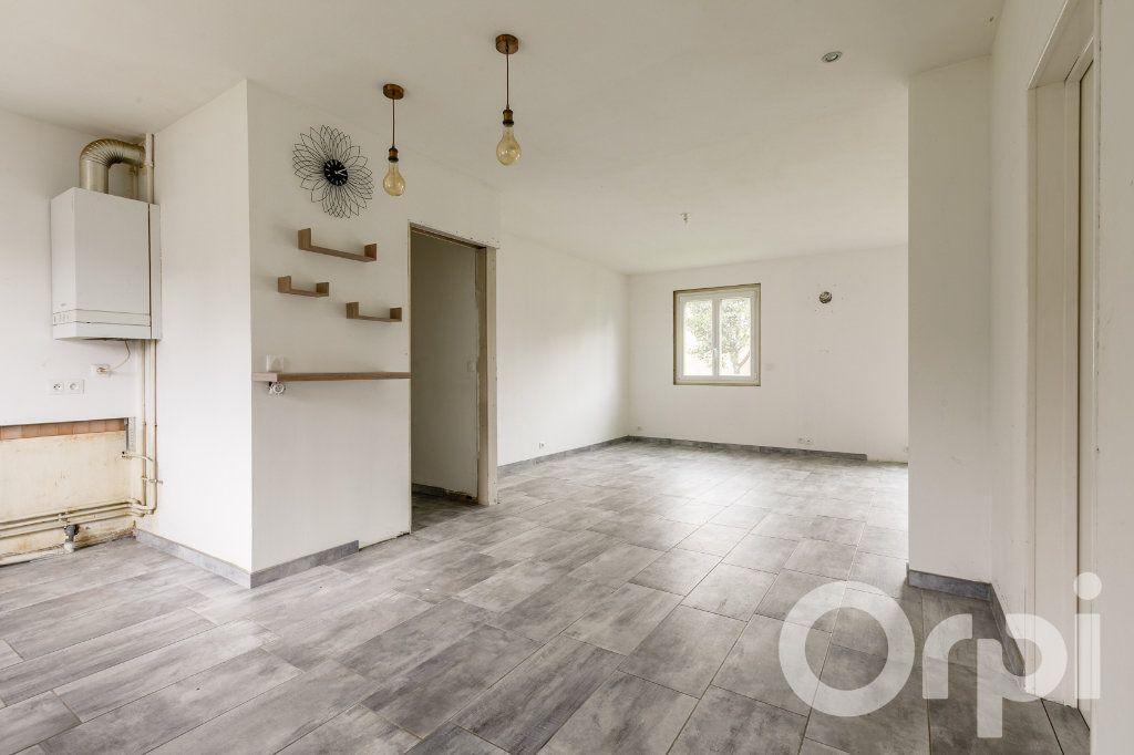 Maison à vendre 4 115m2 à Chauny vignette-5