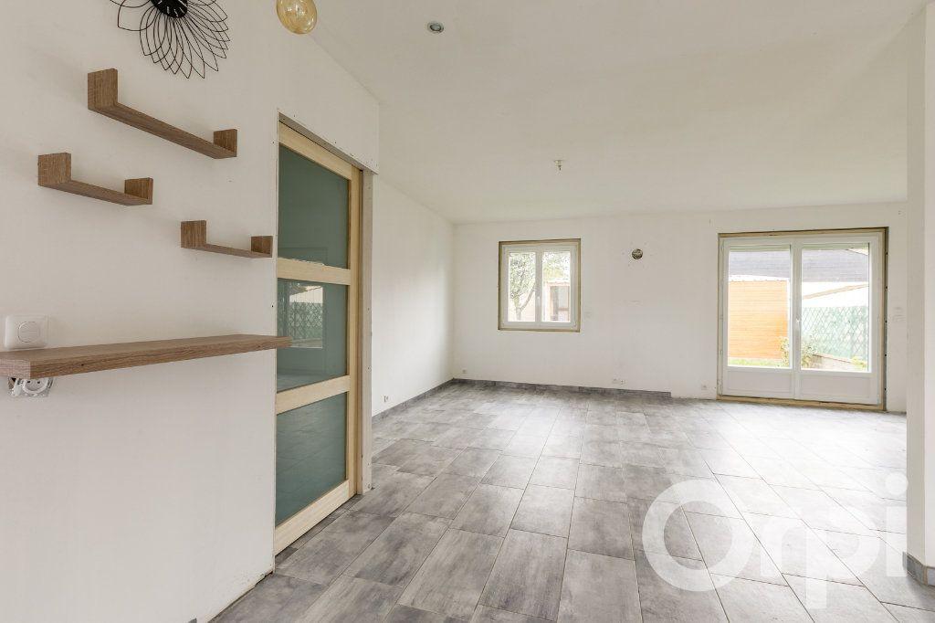 Maison à vendre 4 115m2 à Chauny vignette-12