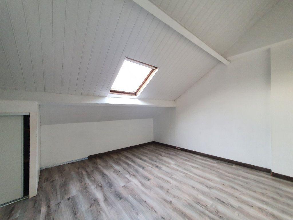 Maison à vendre 6 105m2 à Saint-Gobain vignette-5
