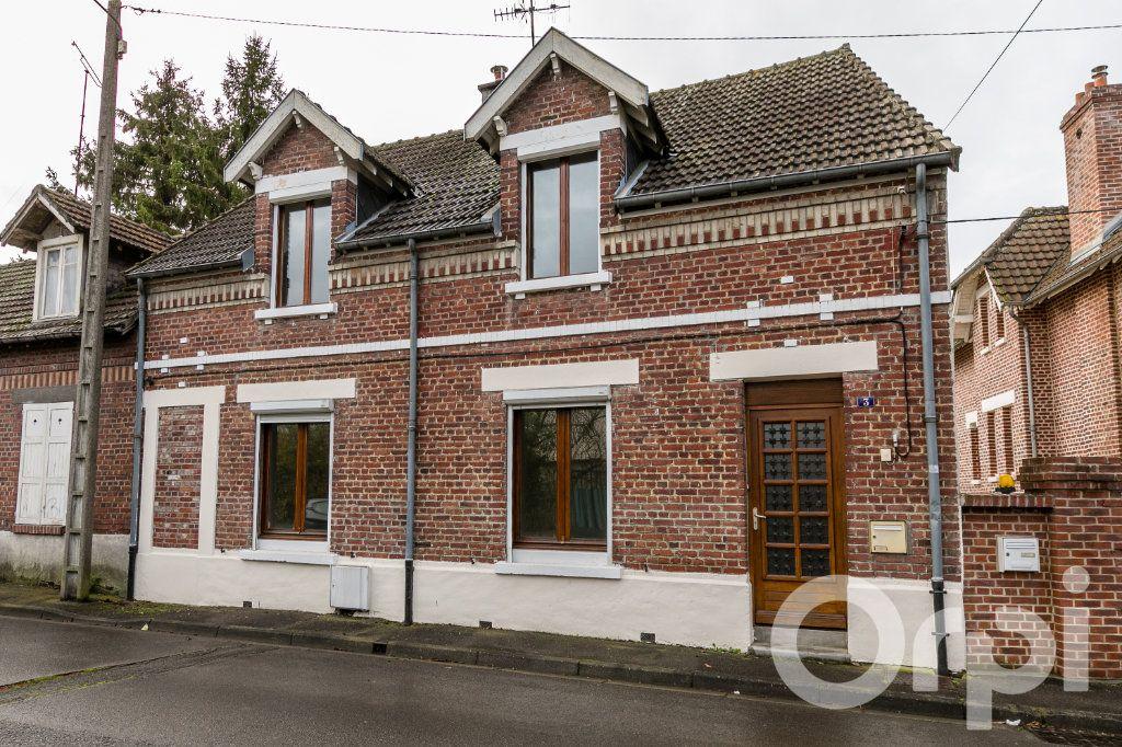 Maison à vendre 5 124.11m2 à Chauny vignette-1