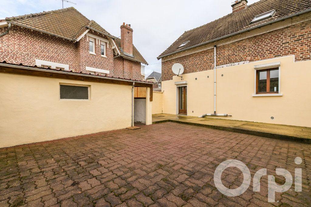 Maison à vendre 5 124.11m2 à Chauny vignette-2