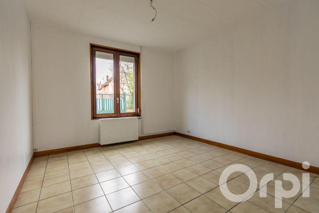 Maison à vendre 5 124.11m2 à Chauny vignette-5