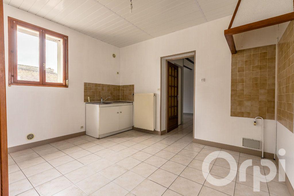 Maison à vendre 5 124.11m2 à Chauny vignette-7