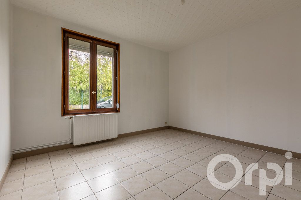 Maison à vendre 5 124.11m2 à Chauny vignette-8