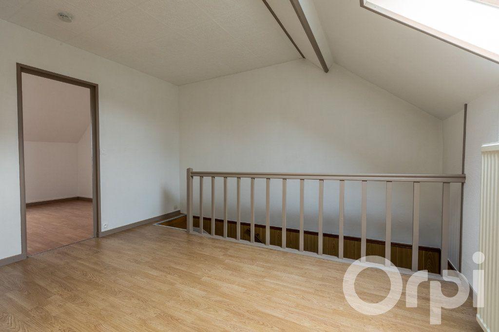 Maison à vendre 5 124.11m2 à Chauny vignette-13