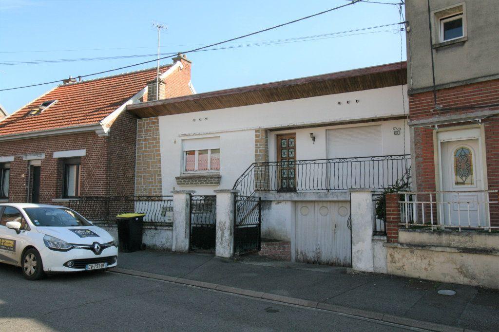 Maison à vendre 3 77m2 à Tergnier vignette-1